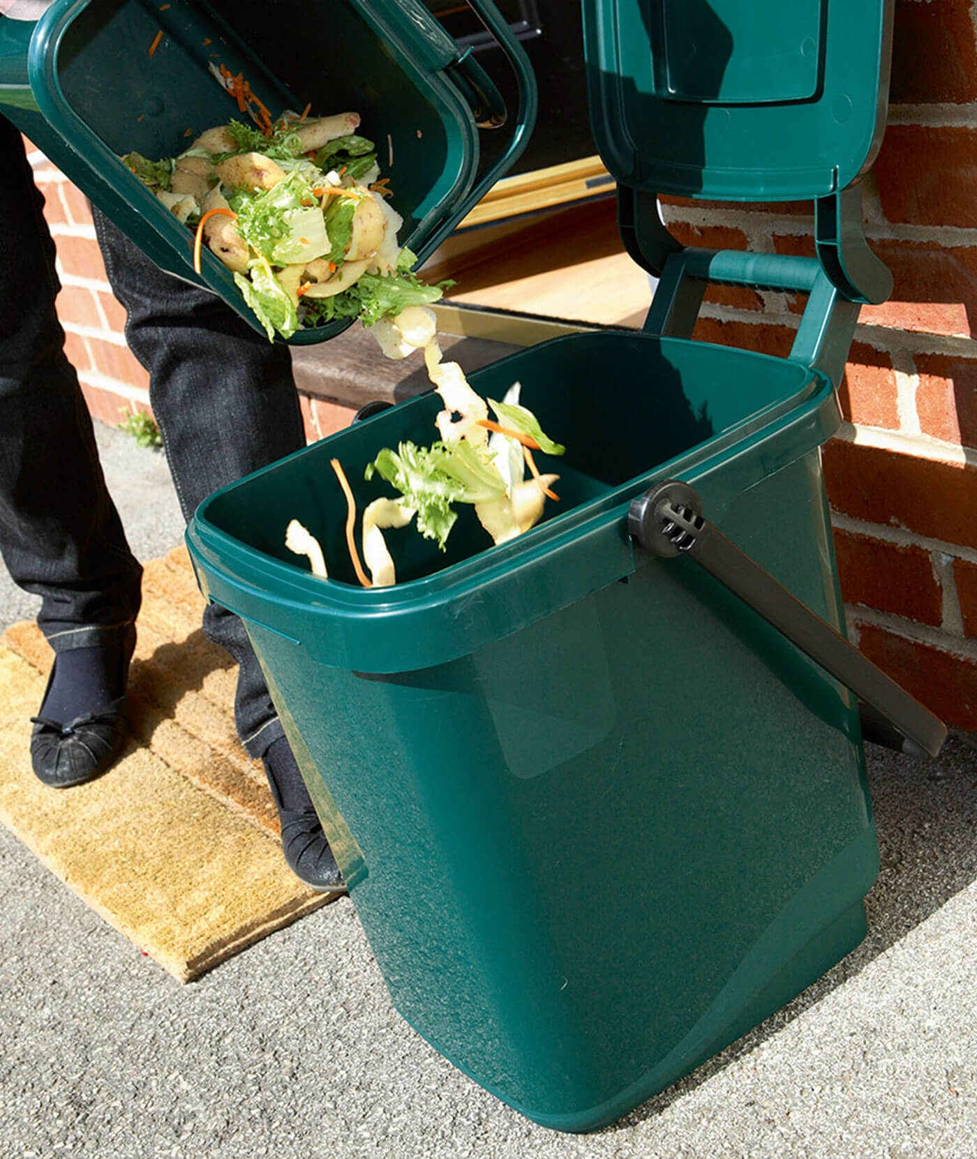 Blog - Top Tips for a Cleaner Rubbish Bin